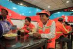 央視點讚的杭州這個愛心廚房 近5萬人次吃上免費早餐