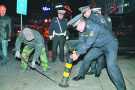 哈尔滨交警城管联手一晚清出60多个车位