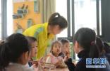 """给幼儿园供餐""""立规矩"""" 河北为保障娃娃餐桌安全再发力"""