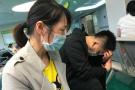杭州4岁男孩一屁股坐进开水桶 全身65%以上大面积烫伤