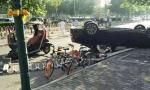北京朝阳区百子湾奥迪撞行人后再撞老年代步车,一死两伤!