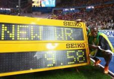 2009年飞人博尔特创造了百米新纪录