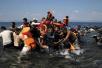 载有叙利亚难民的偷渡船在爱琴海倾覆17人遇难