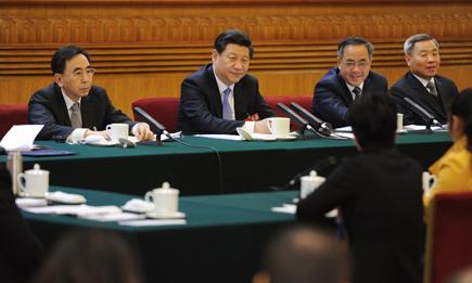 习近平谈南海 :坚持同直接当事国谈判  和平解决争议