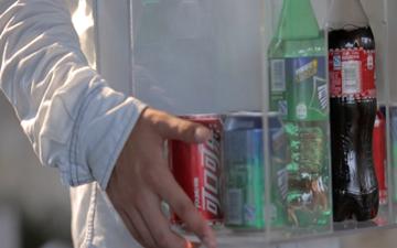一台饮料机的告白
