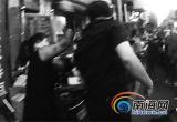 女摊贩占道经营被查 用数百枚鸡蛋砸城管被拘