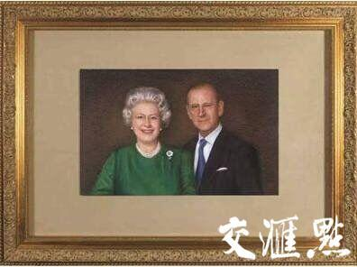 姚建萍创作的《英国女王》作品曾被当作国礼赠予英国女王