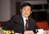 曾是京城名校中最年轻校长的他 仕途再上台阶