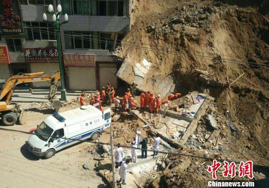 武都/核心提示:甘肃陇南发生崩塌灾害现场搜救工作结束,灾害目前已...