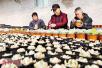 洛阳市孟津县高沟村引入特色种植项目助脱贫