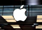"""苹果""""电池门""""发酵 或大幅削减iPhoneX订单"""