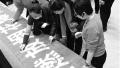 """长春开展""""禁燃""""宣传活动 百名市民在倡议书上签名"""