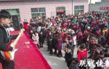 """连云港村民自买设备办""""村晚"""" 一嗨就是20年"""