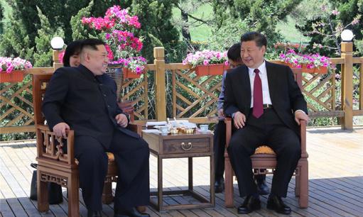 习近平同朝鲜劳动党委员长金正恩在大连举行会晤