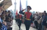 俄罗斯驻沪总领馆庆祝胜利日,东方明珠旁唱响喀秋莎