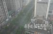 还没下班雨就到了!济南市区内突降大雨 能见度变低