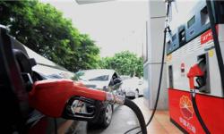 4连跌 汽柴油价格跌回去年底水平