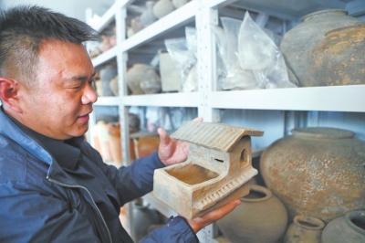 东汉时期典型冥器陶猪圈
