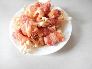 煎烤五花肉卷金针菇的做法步骤:9