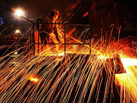 四大钢企去年无一盈利 多数钢企市值跌破净资产