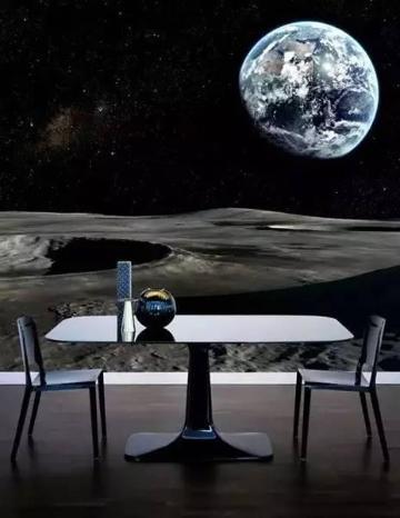 以浩淼宇宙为背景,苍茫的星际背景墙与简单立体的桌椅形成鲜明的对比,似深处宇宙的感觉。\\r\\n