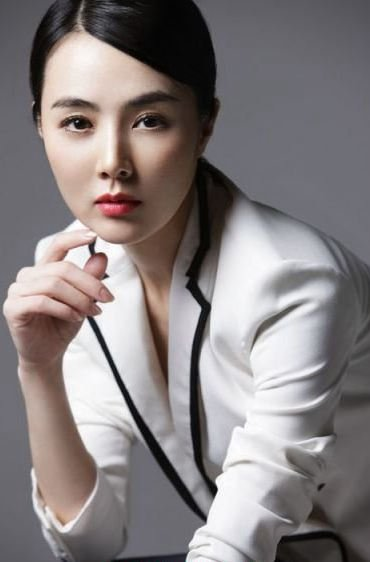 杨幂现身妇幼保健院否认二胎为新戏 为拍戏体验生活的明星