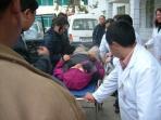 4500米雪山上 女子突然倒地长兴医生紧急施救