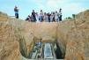 穿越2000年!黄岛汉墓考古现场市民现场体验古墓发掘
