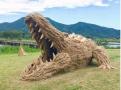 秸秆饲料做成大型动物雕塑