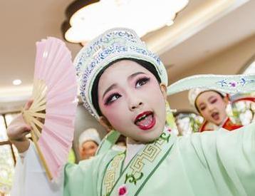 让传统文化浸润童心
