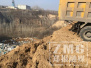 17辆渣土车向郑州生态涵养林区倾倒垃圾 一夜毁林4亩多