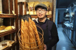 浙大硕士学医7年弃博卖面包!爸妈懵了网友也吵开了