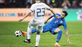 巴西球员:世界杯用球很舒服 守门员会头痛