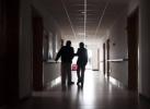 病重老母亲想见失联廿载儿子最后一面 多方携手跨洋寻人