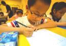 为什么不让孩子轻松放暑期 两位杭州妈妈的无奈很有代表性