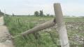 泰州姜堰一村庄遭遇罕见大风 多处房屋农田受损