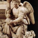 天使与烛台