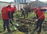 平顶山:1500余名市民到龙山北坡义务植树