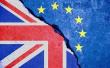 """""""脱欧""""谈判如何收场? 欧盟让英国""""三选一"""""""