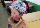 冰花男孩冒冰霜上学