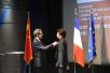 河南籍作家刘震云被法国文化部授予文学与艺术骑士勋章