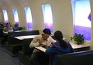 大学食堂设计成机舱