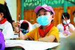 陪你一起!濟南白血病女孩重返校園 同學們貼心全戴口罩