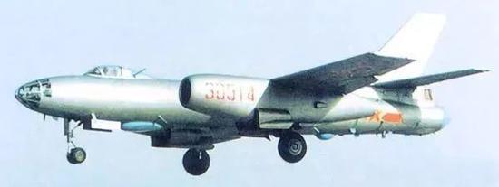 轰-5轰炸机
