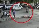 俄女游客街头晕倒