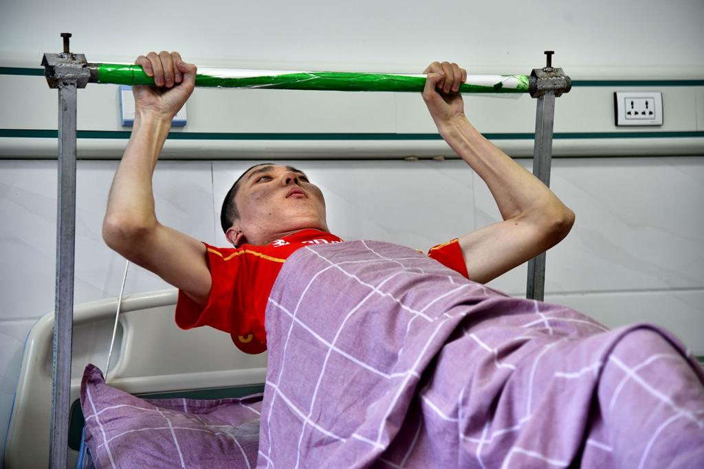 15年的瘫卧失明与坚持8年的健康叫醒