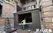 加盖小楼、侵占公共绿地……南京江宁一别墅区违建扎堆