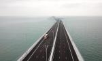 港珠澳大桥通车首日