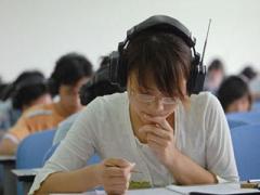世卫组织:戴耳机听歌或损毁全球11亿年轻人听力