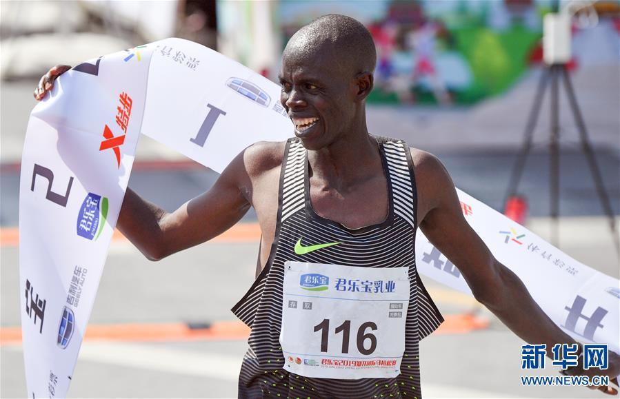 (体育)(3)马拉松——2019郑开国际马拉松赛开跑